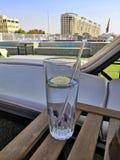 Gin auf dem Nil stockfoto