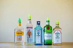 Gin Selection på restaurangstången Arkivfoton