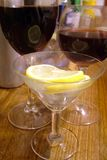 gin z tonikiem koktajlowym. Fotografia Stock