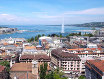 Ginebra, Leman Lake y el chorro de agua Fotos de archivo