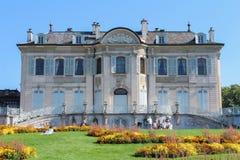 GINEBRA, SUIZA - 7 DE SEPTIEMBRE: Granero del la del parque, Ginebra, Suiza 7 de septiembre de 2012 Fotos de archivo libres de regalías