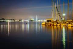 Ginevra entro Night Fotografie Stock Libere da Diritti