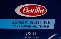 Ginevra/Svizzera 16 07 18: Rigate libero Italia del penne di fusilli del glutine della barilla del contenitore di pasta Fotografie Stock Libere da Diritti