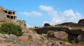 Gingee fortu wzgórze z ruines Zdjęcia Royalty Free