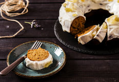 Ginger cake with honey Royalty Free Stock Photos