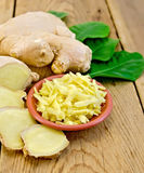 Ginger fresh grated in a bowl with the root Royalty Free Stock Photography
