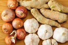 Ginger, garlic and allium ascalonicum Stock Images
