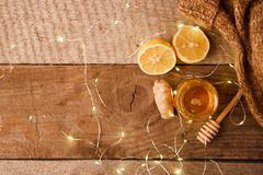 Free Ginger, Honey And Lemon, The Concept Of Natural Medicine, Holiday Garland, Warm Woolen Socks, Winter Cozy Home Concept Stock Photography - 130840682