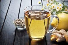Ginger Lemon Tea Cup Flowers Royalty-vrije Stock Afbeeldingen