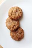 Ginger Snap-koekjes op plaat Royalty-vrije Stock Afbeelding