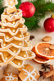 Gingerbread christmas tree. Royalty Free Stock Photos