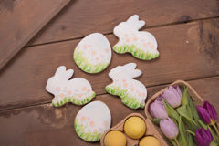 Gingerbread cookies, Easter bunny, eggs flowers Royalty Free Stock Photography