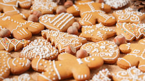 Gingerbread cookies over corky background Royalty Free Stock Photos