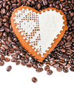 Gingerbread heart on  coffee beans Royalty Free Stock Photography