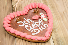 Gingerbread-Heart with I love you in German Royalty Free Stock Photography