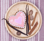 Gingerbread heart with spicies Stock Photography