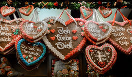 Gingerbread hearts at the Christmas market Royalty Free Stock Image