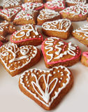 Gingerbread hearts with floral decoration Royalty Free Stock Photos