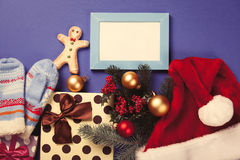 Gingerbread man and Christmas gifts Royalty Free Stock Photography