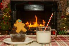 Gingerbread man cupcake and milk Stock Photography