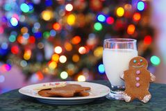 Gingerbread men and mlik for santa Royalty Free Stock Photo