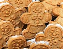 Gingerbreadmen-Plätzchen Stockfotos