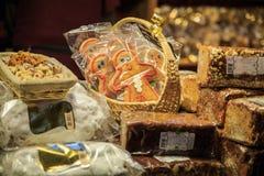 Gingerman-Plätzchen im Kasten Stockfotos