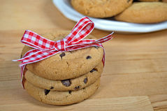 Gingham bow on cookies Royalty Free Stock Images