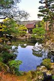 Ginkaku-ji (Tempel des silbernen Pavillions) in Japan Stockbilder