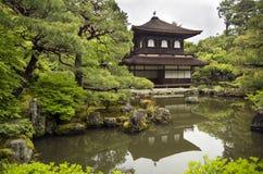 Ginkakuji tempel (silverpaviljongen), Kyoto Royaltyfria Bilder