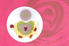 Ginkgo de Neal en tant que taro écrasé par bonbon, riz vert collant d'enveloppe de ginkgo Images libres de droits