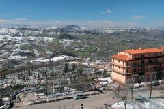 Gino Giacomini góry i ulica San marino zdjęcie royalty free