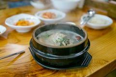Ginseng chicken soup (Samgyetang) Royalty Free Stock Images