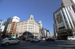 GINZA JAPONIA, NOV, - 26: Ginza rozdroże, punkt zwrotny robi zakupy teren Ginza. obraz royalty free