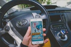 Giocando Pokemon vada gioco Immagini Stock