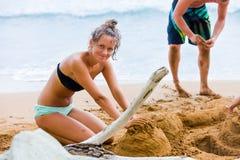 Giocando in sabbia Fotografia Stock Libera da Diritti