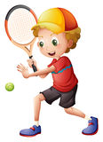 Giocar a tennise sveglio del ragazzino Immagine Stock Libera da Diritti