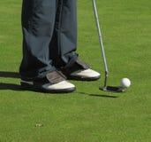 Giocatore, club di golf e sfera Immagini Stock Libere da Diritti