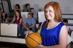 Giocatore di pallacanestro femminile Fotografie Stock