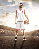 Giocatore di pallacanestro nell'azione Immagini Stock Libere da Diritti