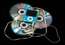 Giocatore MP3 sopra i Cd immagini stock libere da diritti