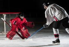 Giocatori di hokey del ghiaccio fotografie stock libere da diritti