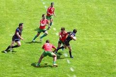 Giocatori di rugby sulla seconda tappa del campionato europeo su rugby-7 Immagini Stock Libere da Diritti