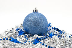 Giocattoli blu dell'abete di Natale Fotografie Stock Libere da Diritti
