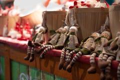 Giocattoli delle ragazze degli elfi di Natale fatti a mano immagine stock libera da diritti