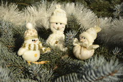 Giocattoli di Natale sotto forma di pupazzi di neve Fotografie Stock Libere da Diritti