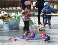 Giocattoli e bambini Fotografia Stock