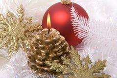 giocattoli e candela di Nuovo-anno Fotografia Stock Libera da Diritti