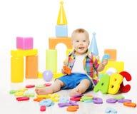 Giocattoli educativi del bambino, lettere di ABC del gioco del bambino per i bambini immagini stock libere da diritti