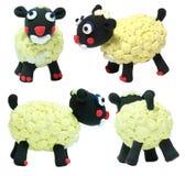 Giocattoli svegli del giocattolo delle pecore bianche Immagini Stock